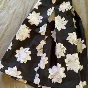 Midi skirt, never worn no tags though